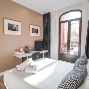 Merchant 57136 - Agoda - Madrid oferta 10% de descuento con Agoda en Petit Palace Ducal Chueca, España