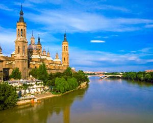 4-Day Spanish Mediterranean Cities Tour: Valencia and Barcelona from Madrid