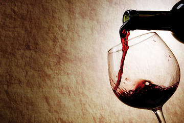 Spanish Wine and Tapas Tasting Walking Tour in Malaga