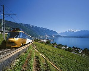 3-Day GoldenPass Line Self-Guided Tour from Geneva